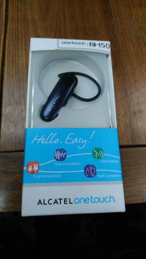 STOCKLOT BT SPEAKER with MIC ! - Stocklots and Traders